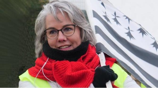 Figure incontournable des gilets jaunes Jacline Mouraud a lancé son mouvement, Les Émergents. Parcours, idéaux, célébrité soudaine : elle se confie à Décideurs Magazine.