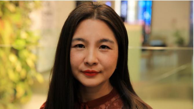 Pour faciliter les transactions mobiles des touristes chinois, Annie Guo a lancé Silkpay. Elle explique son business model à Décideurs.