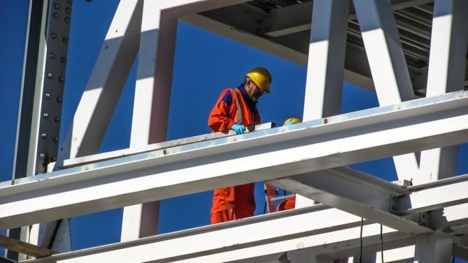 Le spécialiste du bâtiment, déjà majoritairement contrôlé par ses dirigeants et salariés, poursuit sa route vers l'indépendance.