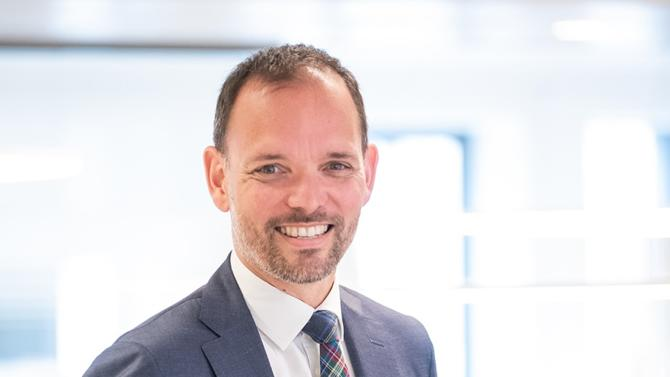 Arrivé en juin 2018 en tant que chief development officer, il succède à Brigitte Gouder de Beauregard.