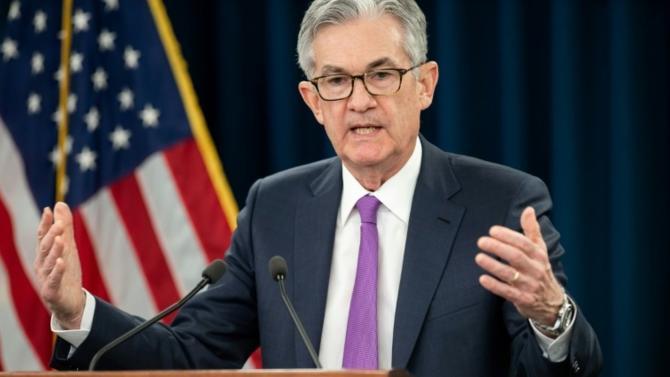 Le ton de Jérôme Powell, le patron de la Réserve fédérale à l'occasion de la réunion de la FED a été très accommodant. Les taux courts n'ont pas été augmentés. Le patron de la Réserve Fédérale a semblé plaider pour une pause dans la hausse des taux et laissé entendre que la réduction de la taille du bilan de la banque serait plus lente. Analyse avec Florent Delorme, analyste macro chez M&G Investments.