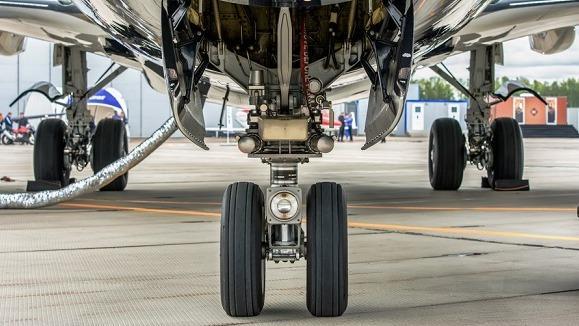 La société de gestion française devient actionnaire majoritaire du spécialiste de la maintenance des avions aux côtés du dirigeant et d'Argos, qui réinvestit.
