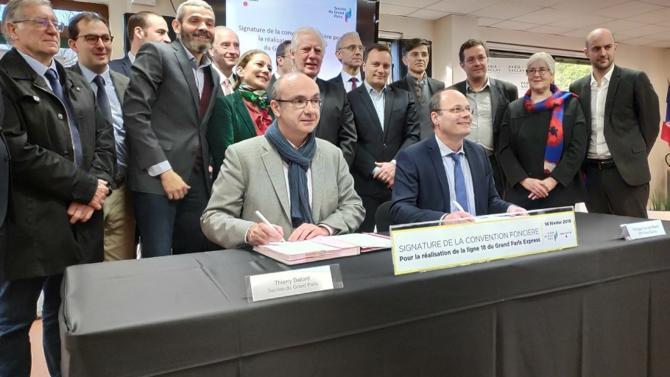 La Société du Grand Paris et l'EPA Paris-Saclay ont signé une convention foncière pour la ligne 18 du Grand Paris Express. Un événement ordinaire pour un établissement public mais qui revêt une dimension cruciale pour le projet Paris-Saclay.