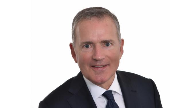 L'ancien sénateur de la Mayenne (2001-2017) et maire de Laval depuis 2014 François Zocchetto est aussi avocat. Il rejoint la firme De Gaulle Fleurance & Associés pour y conseiller les entreprises et les institutions publiques.
