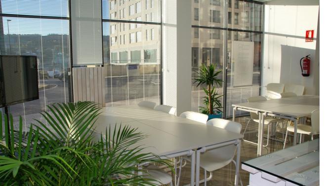 L'immeuble de bureaux situé Rue Lauriston dans le centre de Paris est actuellement en cours de rénovation. La fin des travaux est prévue au printemps 2019.