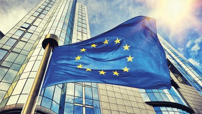 Critiquée, l'Union européenne est parfois injustement traitée. Et pourtant, elle tourne !