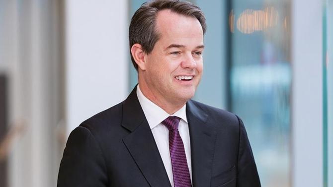 Maurice Tulloch est nommé directeur général du géant britannique de l'assurance. Il succède ainsi à Mark Wilson.