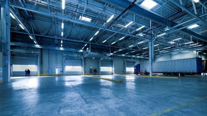 Ce véhicule, dans lequel Allianz investira au total un montant de 290 M€, investira en priorité dans des actifs logistiques de plus de 18 500 m² situés dans des emplacements « de choix » au Royaume-Uni.