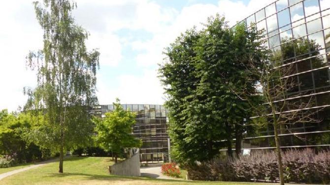 Left Bank acquiert auprès de CDC habitat (ex. SNI), un ensemble immobilier composé de deux immeubles à Saint Maurice.