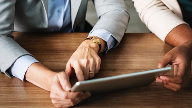 Pour répondre aux enjeux d'un métier en pleine mutation, « l'executive M.S.c  Directeurs Financiers », créé par la DFCG et Audencia propose de former les directeurs financiers à un rôle de plus en plus transversal au sein de l'entreprise.