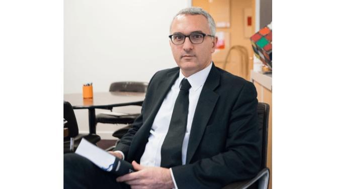 Les nouvelles réglementations concernant les CGP et les assureurs font apparaître de nouveaux enjeux dans le secteur de la gestion privée. Olivier Roumélian, avocat associé du cabinet Artésia livre son expertise sur les évolutions de l'environnement réglementaire.