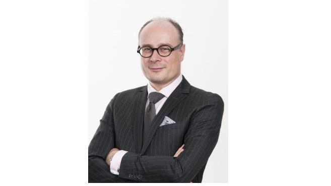 L'année 2018 a bouleversé toutes les activités du marché. Les nouvelles réglementations alourdissent le poids des obligations qui pèsent sur les professionnels. Frédérick Lacroix, avocat associé au cabinet Clifford Chance présente l'évolution du métier de conseil.