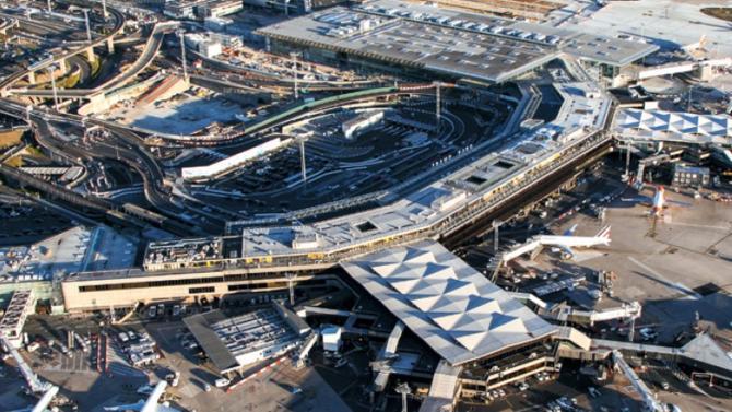 Au contraire de l'Assemblée nationale qui a voté pour la privatisation de l'exploitant des aéroports de Roissy, Orly et du Bourget, le Sénat s'y est opposé. L'opération devrait tout de même se faire.