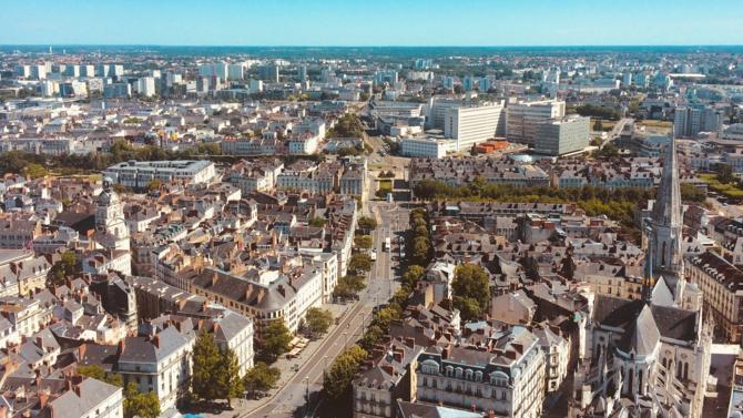 Le 26e voyage d'étude du Club des clubs immobiliers a permis à ses participants de (re)découvrir la dynamique des marchés nantais et d'appréhender le positionnement différenciant de la ville dans la compétition des grandes métropoles. Présentation.