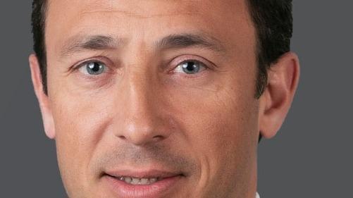 Il rejoint le groupe immobilier du cabinet en tant qu'associé avec une équipe de deux collaborateurs.