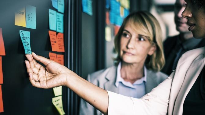 Les femmes ne représenteraient dans la fintech française qu'un tiers des effectifs recensés selon une étude réalisée par France FinTech, Arkéa et Roland Berger. Un constat préoccupant pour un secteur en pleine structuration.