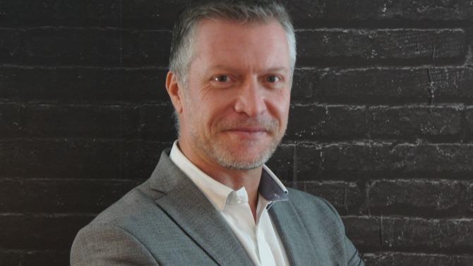 """Depuis le 31 mars 2019, Opcalia fait partie de l'Opco 11. Cet opérateur de compétence se structure et endosse son nouveau rôle défini par la """" Loi pour la liberté de choisir son Avenir Professionnel """". Yves Hinnekint, son directeur, révèle les chantiers prioritaires d'une institution en pleine mutation."""