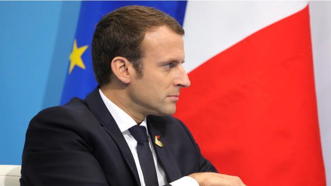Le discours d'Emmanuel Macron du 15 avril a été reporté. Pourtant plusieurs mesures ont fuité. Elles devraient être détaillés prochainement.