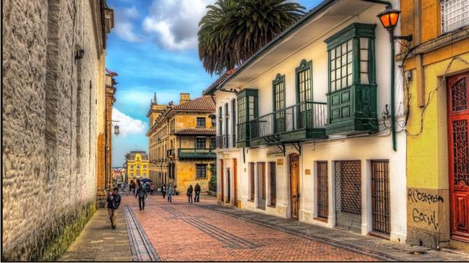 Le cabinet international ferme son bureau de Bogota.