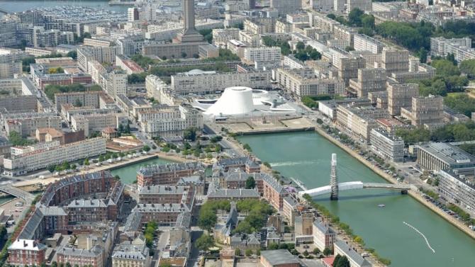 François de Rugy,  et Emmanuelle Wargon se sont rendus vendredi 12 avril au Havre afin d'annoncer le lancement du « Pacte territorial de Transition écologique et industrielle »