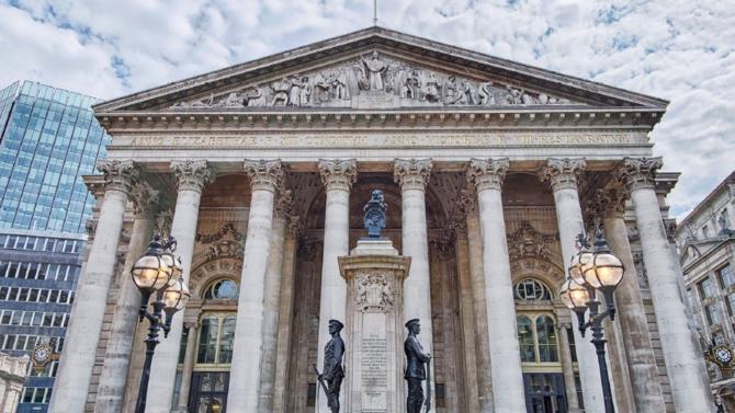 En mars 2019, le cabinet d'avocats international DWF est admis à la Bourse de Londres, une opération aussi rare que périlleuse. Mais le jeu en vaut la chandelle.