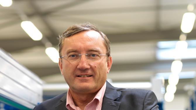 En 2018 Alstef, le spécialiste des systèmes de manutention automatisée, annonce la création d'une holding avec le spécialiste de la robotique mobile BA Systèmes. Nouvelle étape pour cette entreprise qui, après avoir repris son indépendance en 2006, a fait appel au private equity pour soutenir sa croissance. Explications de son président, Pierre Marol.