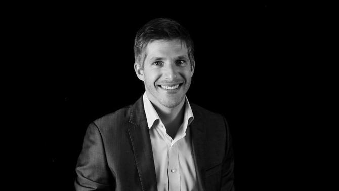 U'Wine est une société bordelaise spécialisée dans le négoce de vins à destination des investisseurs particuliers. Thomas Hébrard, son président et fondateur, nous en explique le positionnement.