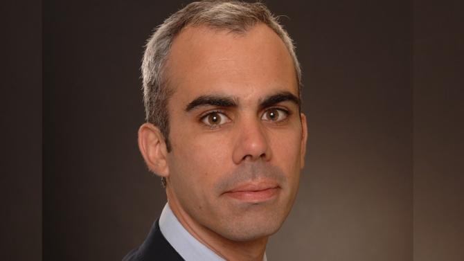 Adepte de l'interprofessionnalité, Pierre Cénac est un véritable spécialiste de la transmission d'entreprise. Il nous fait part de son expérience sur ces opérations, aussi passionnantes que périlleuses.