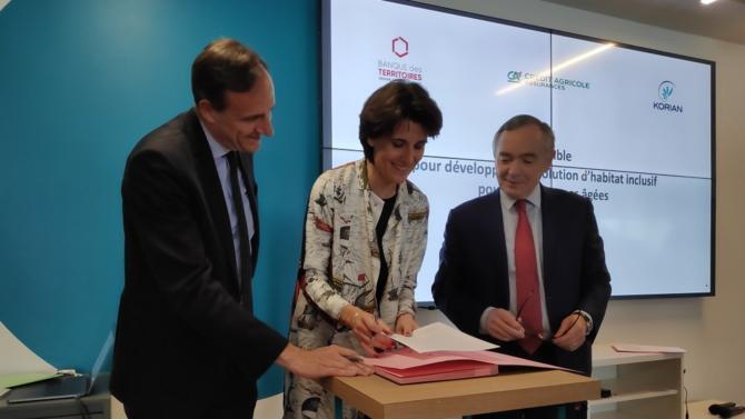 Korian a signé vendredi 17 mai un partenariat avec la Banque des Territoires et Crédit Agricole Assurances pour lancer 150 nouvelles implantations Ages&Vie en France à horizon 2024. Explications.