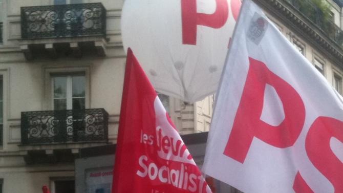 La déliquescence du PS porte un coup très dur à la gauche qui n'a jamais été aussi faible et divisée qu'en 2019. Pourtant, des proximités idéologiques existent entre socialistes, verts, communistes et hamonistes.