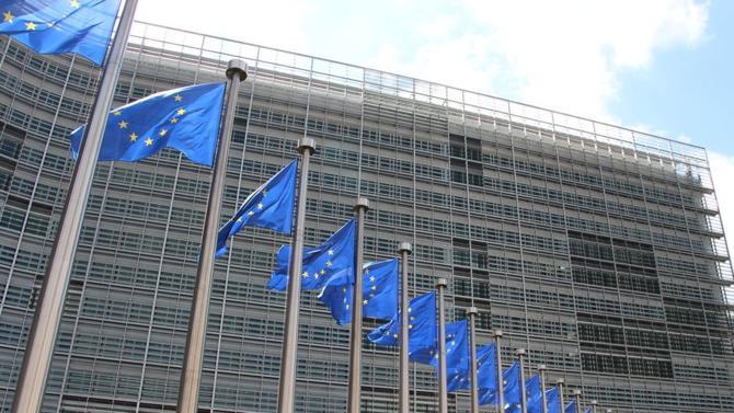 Après les élections européennes, place à une étape stratégique pour l'UE : le choix du futur président de la Commission européenne. Les négociations s'annoncent musclées.