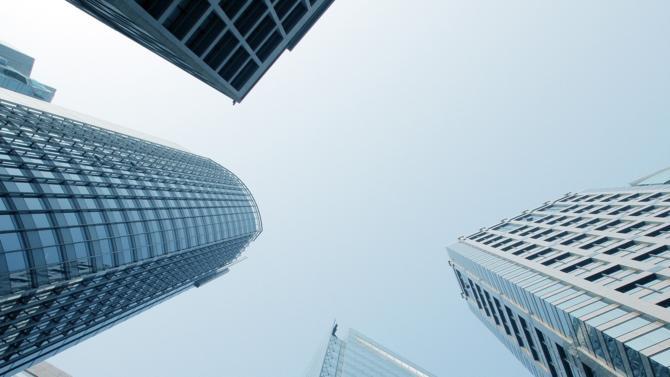 Blackstone qui acquiert un portefeuille logistique XXL aux Etats-Unis, Sadev 94 qui désigne la nouvelle équipe de maîtrise d'œuvre urbaine de la ZAC Ivry Confluences, Estelle Briand qui rejoint RCG… Décideurs vous propose une synthèse des actualités immobilières du 3 juin 2019.