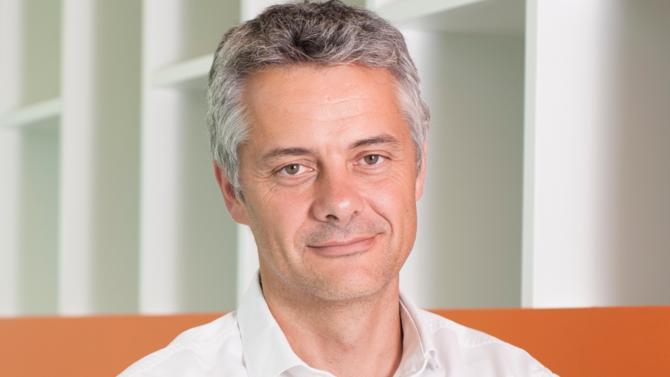 Impôts, enjeux du numérique, stratégies… Nous avons rencontré Frédéric Duval, Country manager d'Amazon France, pour faire le point alors que la filiale fêtera l'an prochain ses 20 ans de présence dans l'Hexagone.