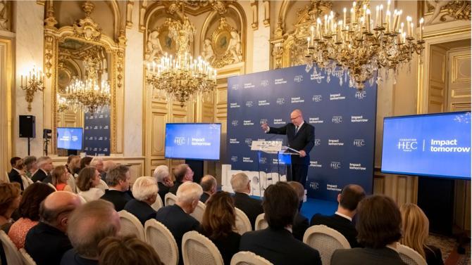 À travers sa fondation, HEC, la grande école de commerce parisienne a lancé hier sa campagne de levée de fonds 2019-2024 intitulée « Impact Tomorrow ». Lors de la phase silencieuse de ce fundraising, HEC Paris a déjà reçu 70 millions d'euros de promesses de dons.