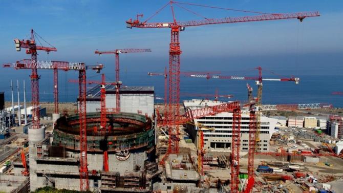 L'Autorité de sûreté nucléaire a annoncé qu'elle interdisait à EDF de démarrer l'EPR de Flamanville avant que plusieurs réparations aient été effectuées.