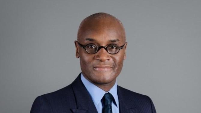 Doctorant en histoire à la Sorbonne, diplômé d'un Master of Science en relations internationales à la London School of Economics ainsi que d'un DU en gestion de patrimoine à l'Université de Clermont-Ferrand, Henri Assila vient d'être nommé senior adviser chez Neuflize OBC.