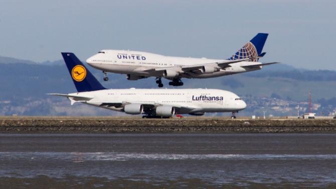 En 1972, Airbus fait voler son premier appareil. Depuis l'avionneur européen et Boeing se livrent une concurrence féroce. CA, part de marché, production… Qui est le plus fort ?