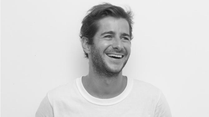 Entrepreneur invité à la première édition de l'université d'été de l'économie de demain (UEED), Guillaume Gibault dresse le bilan du made in France. Une labellisation sur laquelle son entreprise, Le Slip français, a prospéré.