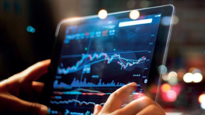Alors que l'environnement de marché paraît favorable aux fonds long/short actions, leurs performances ne sont pas encore au rendez-vous. Décryptage d'un mode de gestion dont le but affiché est de profiter de la hausse à long terme des actions tout en maîtrisant la volatilité.