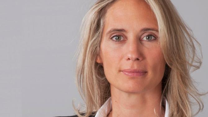 Émilie Vasseur exerçait précédemment chez Darrois Villey.  Elle affiche plus de dix-huit ans d'expérience en contentieux civil, commercial et boursier.