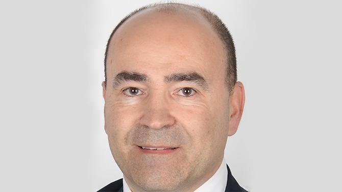 Après avoir structure et dirigé la direction immobilière de Bolloré Transport & Logistics au cours des huit dernières années, Luc Monteil vient de rejoindre Mott MacDonald en tant que Principal Real Estate Advisory. Il nous explique pourquoi et dévoile sa feuille de route à Décideurs.