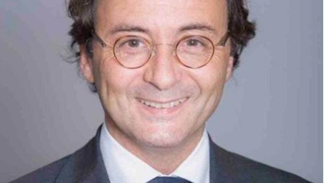 Lionel Benant prend la tête d'EY Société d'Avocats France. Il succède à Éric Fourel nommé country managing partner EY France.