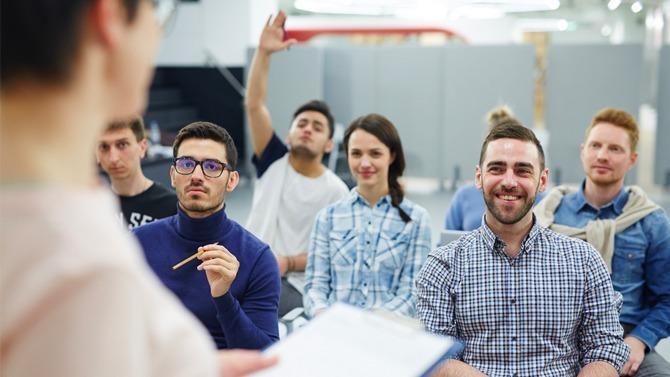 Avec l'individualisation du droit à la formation prévue par la loi « Avenir professionnel », les entreprises redoutent que le choix des salariés ne réponde pas à leurs besoins. Elles gardent la possibilité de les orienter mais beaucoup d'entre elles considèrent que les marges de manœuvre sont désormais insuffisantes.