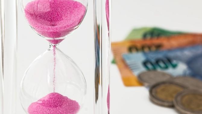 Directeurs juridiques, juristes, compliance officers, les rémunérations ont connu une importante hausse il y a quelques années. Aujourd'hui stabilisés. Se distinguent les spécialistes de la conformité, dont les gratifications peuvent dépasser celles des directeurs juridiques.