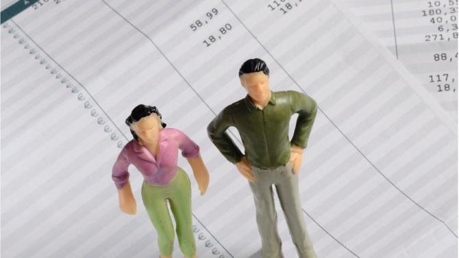 Les écarts de rémunération entre hommes et femmes persistent chez les avocats. Néanmoins, de bonnes pratiques sont mises en place par des cabinets soucieux de favoriser l'égalité professionnelle.