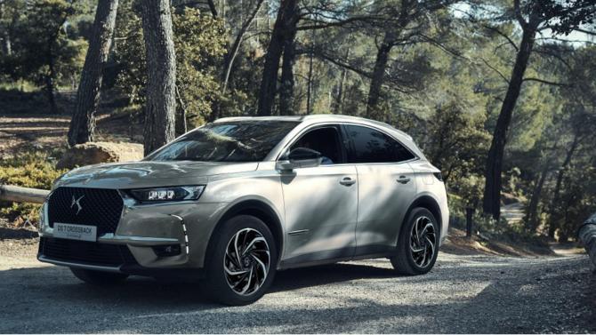 Celui qui représente la France sur le segment premium commence à voir ses qualités et son originalité reconnues. Cette nouvelle version du DS 7 Crossback, équipée d'une motorisation hybride de 300 chevaux, vient à point nommé pour affirmer la place de ce SUV sur ce marché.