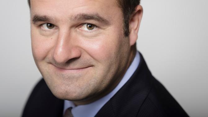 Dès le printemps prochain, l'associé qui dirigeait historiquement le bureau parisien de Clifford Chance, Yves Wehrli, passera le relais à Mathieu Remy.