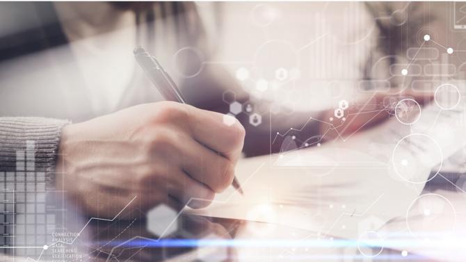 Le contrat est le socle de la vie des entreprises. C'est aussi l'instrument le plus difficile à contrôler en raison de la complexité des réglementations auxquelles il obéit, des intérêts financiers et humains en jeu ou encore de son exécution dans le temps. Le recours à la technologie devient plus qu'une assistance pour les juristes, c'est un prérequis.