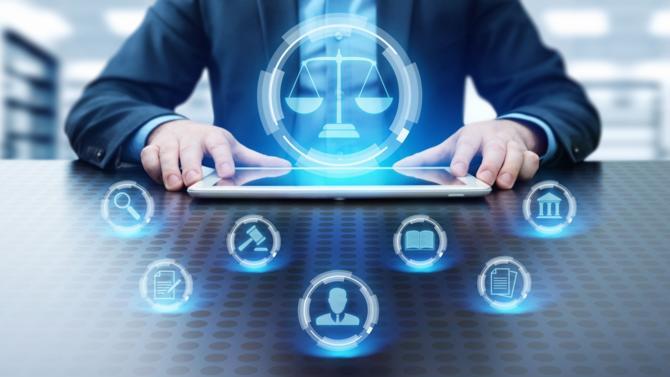 La legaltech d'édition juridique Lexbase et l'entreprise de sondages politiques et d'études marketing Opinion Way ont interrogé les Français sur leur perception du rapport entre droit et technologie.