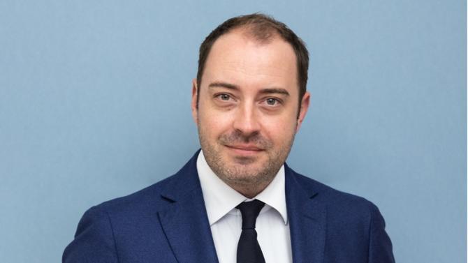 Associé de Vivant Chiss Avocats, Erwan Jaglin est l'un des 30 avocats du barreau d'affaires édition 2019 sélectionné pour incarner la relève.